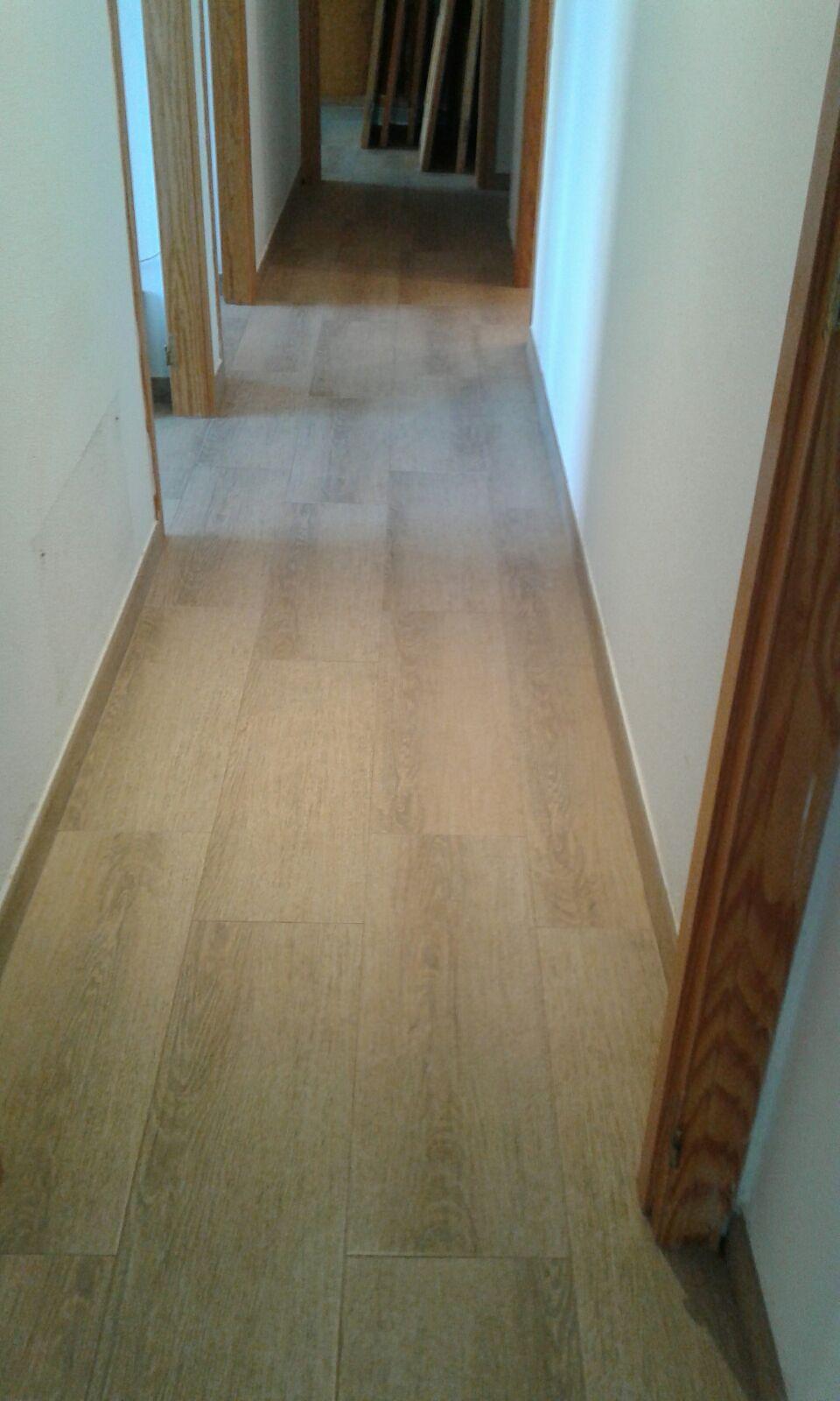 Colocacion suelo porcelanico imitacion madera stunning great porcelanico imitacion madera - Suelo porcelanico imitacion madera ...